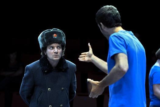La revolució no serà tuitejada - Teatre Lliure