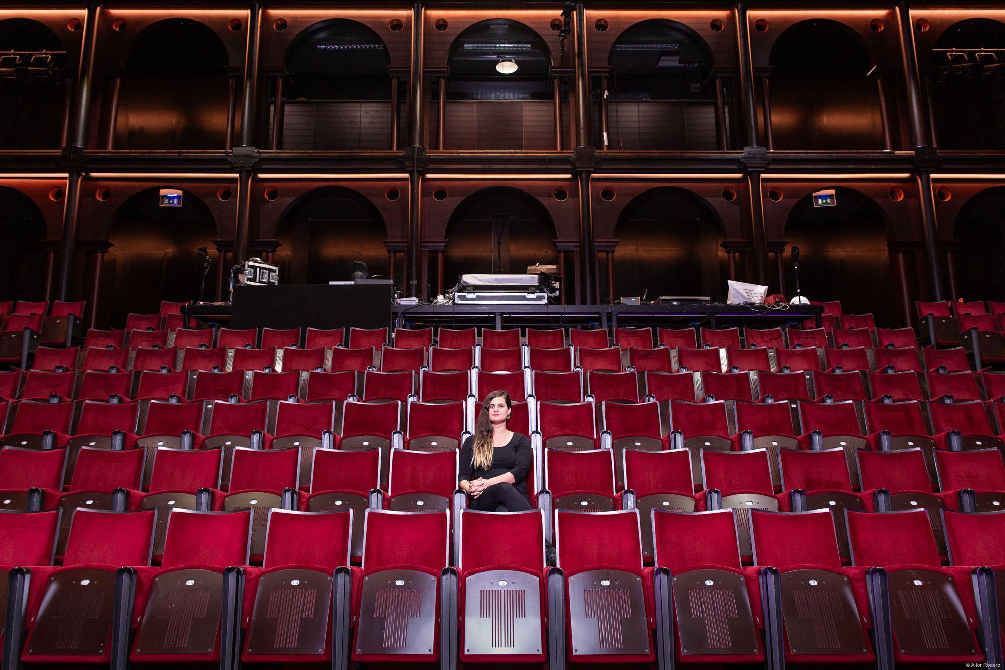 Posaré el meu cor en una safata (Assajos) / Direcció: Carla Rovira / Lloc: Teatre Lliure. Fotògraf: © Aitor Rodero. Aquestes fotografies tenen drets de copyright. NO POTS descarregar-les ni fer-les servir sense el meu permís. Si vols adquirir-les y fer ús d'elles contacta amb mi en aquest e-mail: aitorrodero@aitorrodero-fotografia.com.